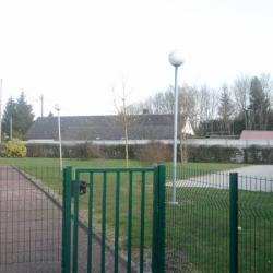 L'espace vert et son terrain de boules